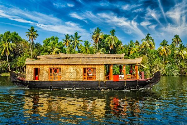 Vivre sur un bateau pour échapper à l'impôt ?