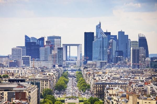 paris-la-defense-=-zone-touristique-internationale
