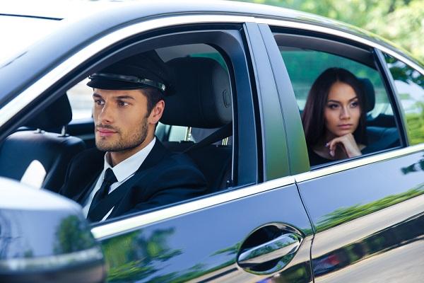 tva-:-mise-a-disposition-de-voitures-avec-chauffeurs-=-transport-de-personnes-?