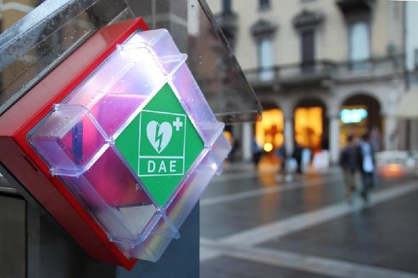 defibrillateurs-cardiaques-:-obligatoires-?
