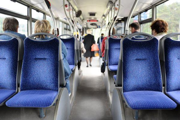 transport-public-urbain-de-voyageurs-:-une-ou-plusieurs-pause(s)-?