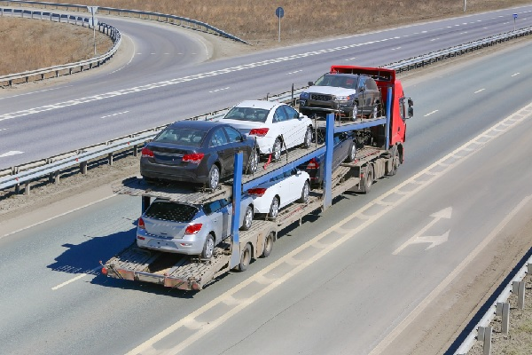 camion-porte-voitures-:-un-contrat-type-«-new-look-»
